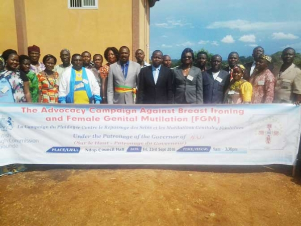 NORD-OUEST: CAMPAGNE CONTRE LE «REPASSAGE DES SEINS» & L'EXCISION #CAMEROUN