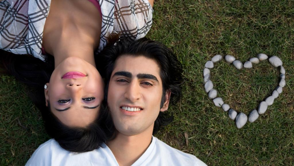 Saint-Valentin: les jeunes couples indiens face aux traditionnalistes