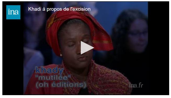 """Des fleurs contre l'excision : les œuvres de cette artiste sont surprenantes et souvenir de Khady, """"Mutilée"""" !"""
