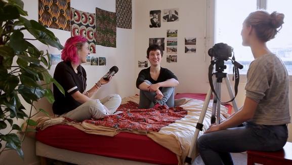 """""""Mon nom est Clitoris"""" : drôle de documentaire sans fard sur ce qui se passe sous les jupes des filles…"""